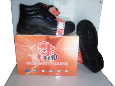Safety Shoes Red Rhino (Hight Cut)